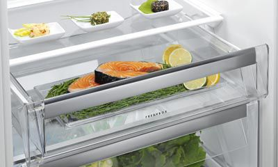 Aeg Kühlschrank Gefrierkombination Einbau : Customflex hausgeräte elektrogeräte und küchenstudio electroplus